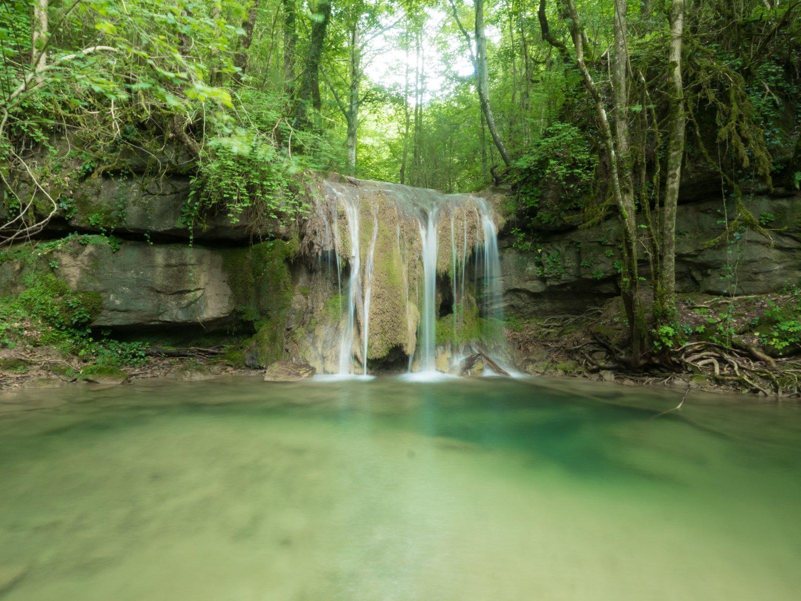 Excursión al Torrent de la Masica: cascadas y pozas en el Ripollés