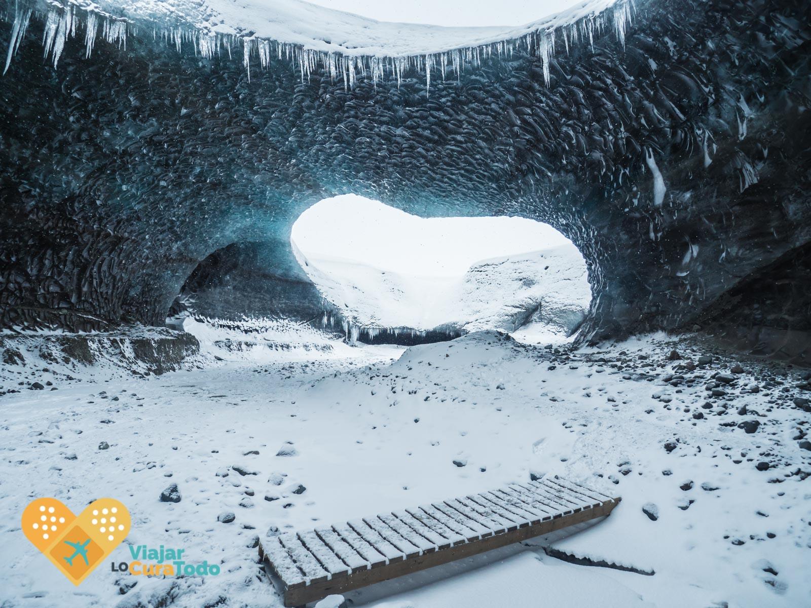 Cueva de hielo islandia