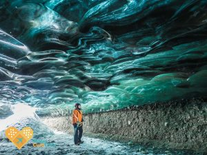 blue iceland ice caves jokulsarlon