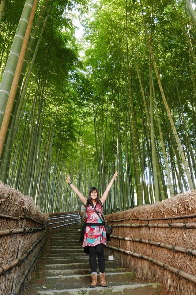 Solos en el bosque de bambú de Arashiyama